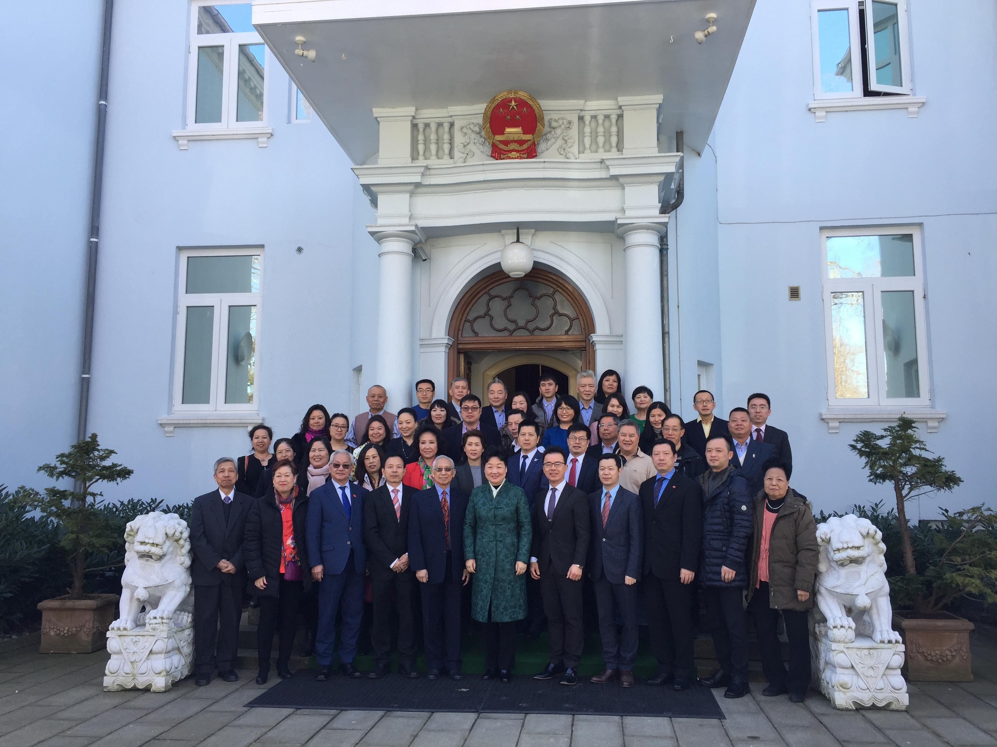 把握新机遇 共赢新征程  —-中国驻丹麦大使馆举行侨务暨领保工作座谈会